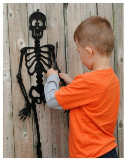 skeleton scavenger hunt