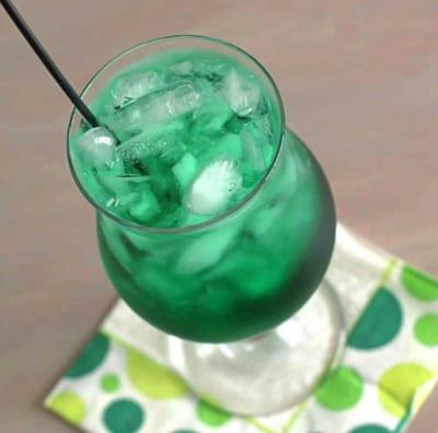 misty-mint-cocktail-3-600x600