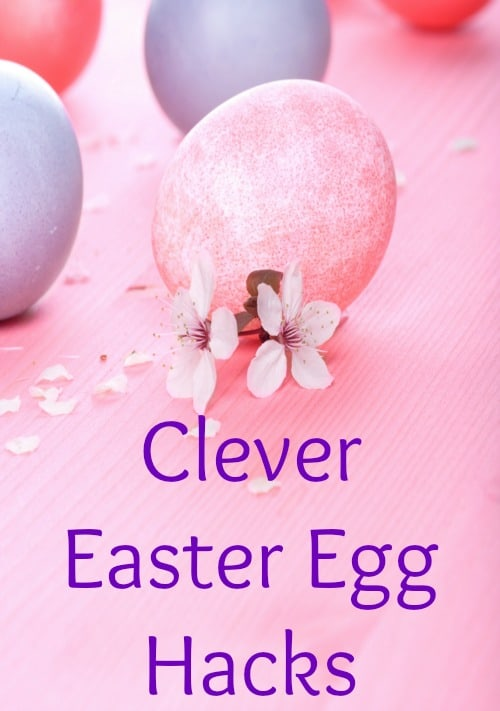 I love these clever Easter egg decorating hacks that are great for kids and toddlers. These ideas are so easy and creative. DIY crafts for your family to do together