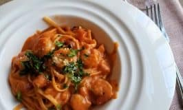 Garlic Shrimp Pasta in a Mixed Rosa Sauce: Valentine's Day Dinner