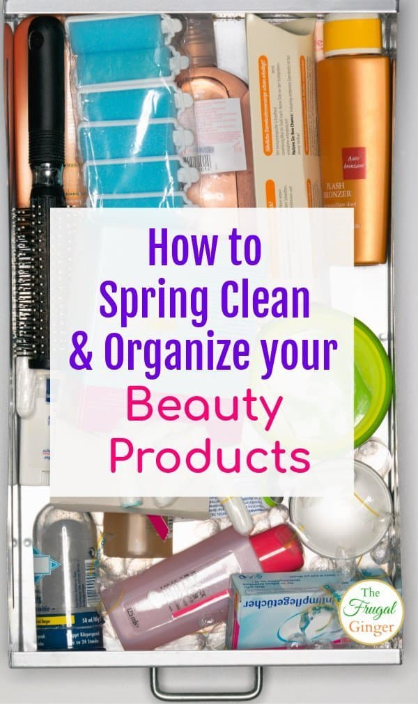 Now is the time to spring clean and organize your beauty products in your bathroom. Get rid of the clutter with these awesome ideas and makeup storage tips. Every girl should know this!